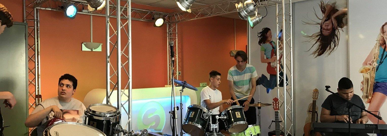 Muziekids Musiceren in Studio Hilversum !